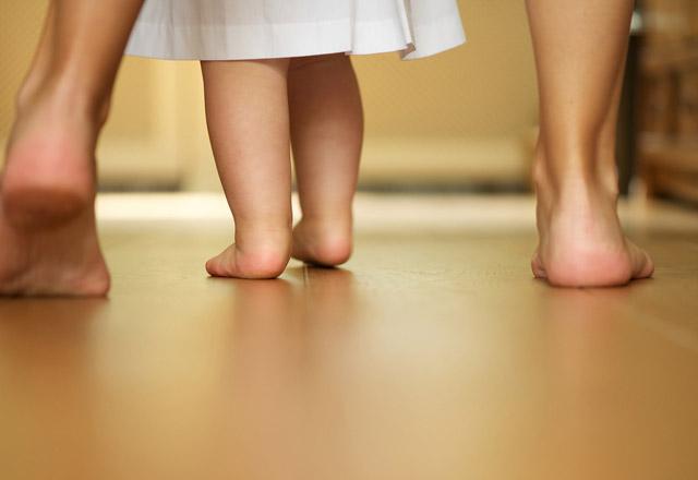 Çocuklarda-yürüme-bozukluğu-hastalığın-habercisi
