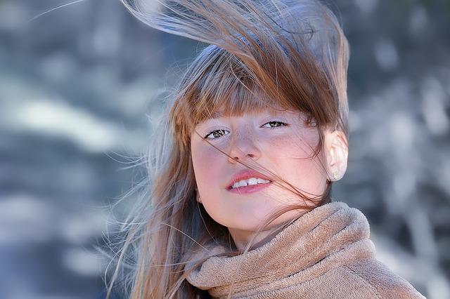 Doğal saç dökülmesi malzemeler