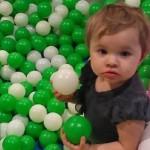 Daisy Lynn Torres, 14 aylık bir bebek. Ailesiyle rutin bir ağız sağlığı kontrolü için dişçiye gitikten sonra hayatını kaybetti. ABD Austin'de bir çocuk dişçisi kliniğinde yaşanan olayda, küçük Daisy'nin muayenesinde çürük dişine dolgu yapılıyordu. Doktorların söylediğine göre operasyon sırasında bazı komplikasyonlar meydana geldi ve apar topar North Austin Medical Center'a nakledildi.