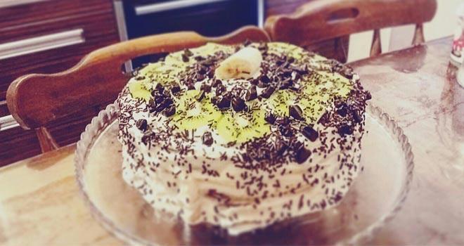 Çilekli Kivili ve Muzlu yaş pastası