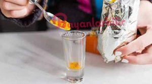 Kaynamış zerdeçal suyu içmenin vücuda faydaları