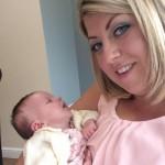 Yeni doğum yapan bir anne kızını görmeye gelen arkadaşlarını evinde misafir etti ve kabus başladı... Yaklaşık bir ay önce anne olan Claire Henderson, bebekle tanışmak isteyen arkadaşlarını misafir etti.